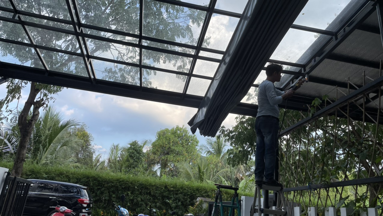Chi tiết mái che xe mưa nắng cho oto cho quý khách