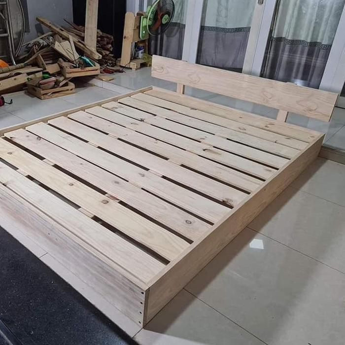 Giường gỗ thông Pallet giá rẻ
